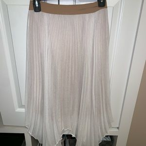 bcbgmaxazria white skirt